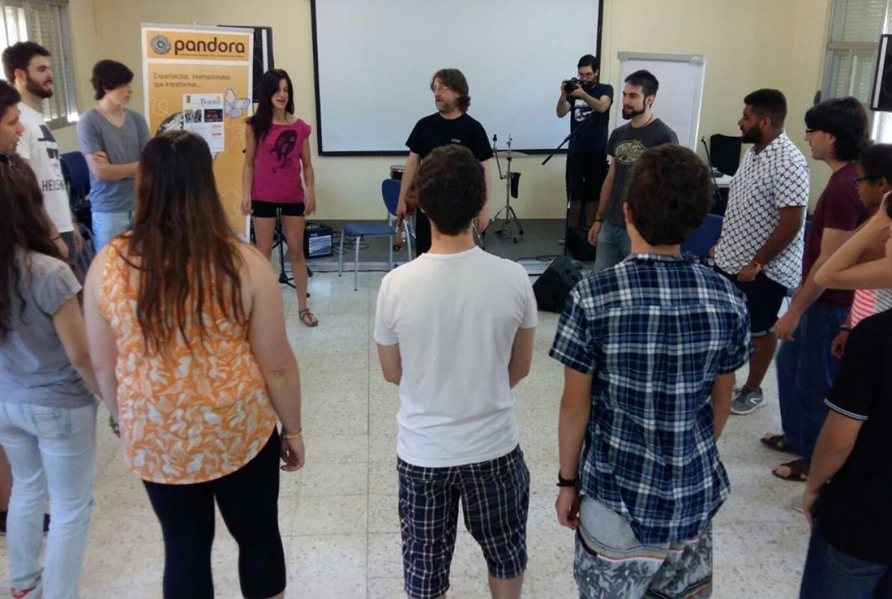 Training of trainers and local workshops (1)